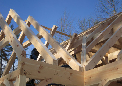 Timber frame roof rafters
