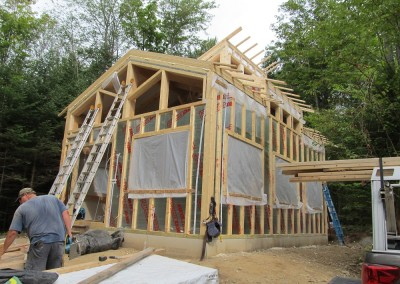 Cottage in Mt. Holly with a clear-span