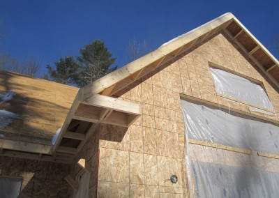 Gable and eave overahngs