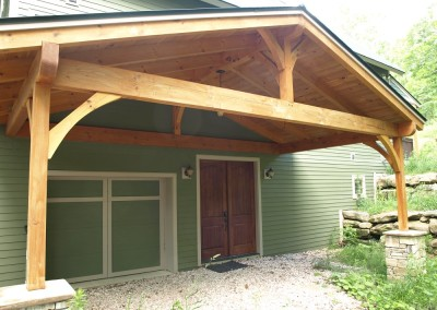 Large covered entry in Plymouth, VT